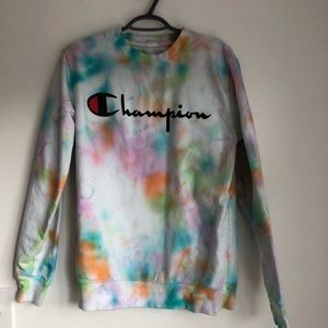 🏆 Champion hand tie dyed sweater